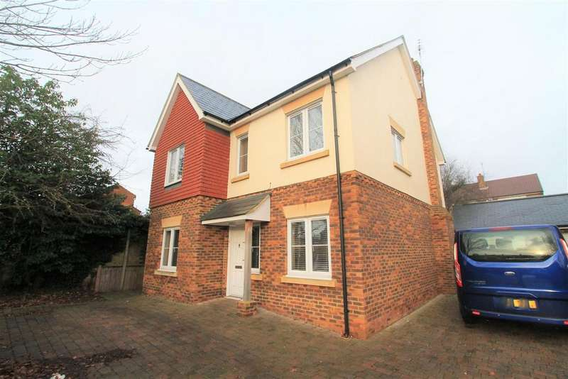 6 Bedrooms Detached House for sale in Woods Avenue, Hatfield