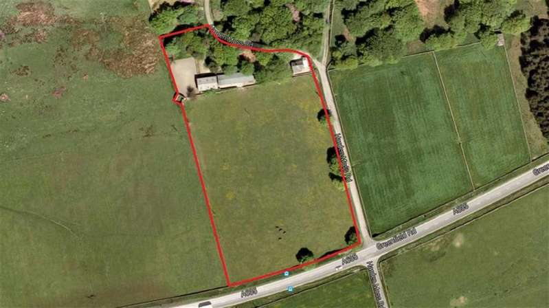 3 Bedrooms Land Commercial for sale in Greenfield Road, Holmfirth, Holmfirth, HD9