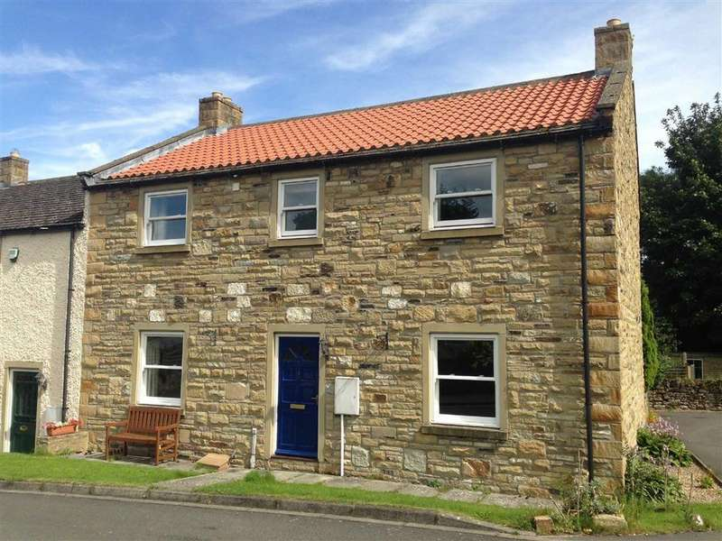 4 Bedrooms Semi Detached House for sale in Pear Tree Close, Richmond, North Yorkshire