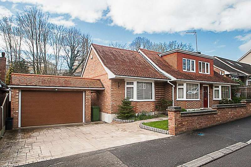 3 Bedrooms Detached House for sale in St Charles Road, Brentwood