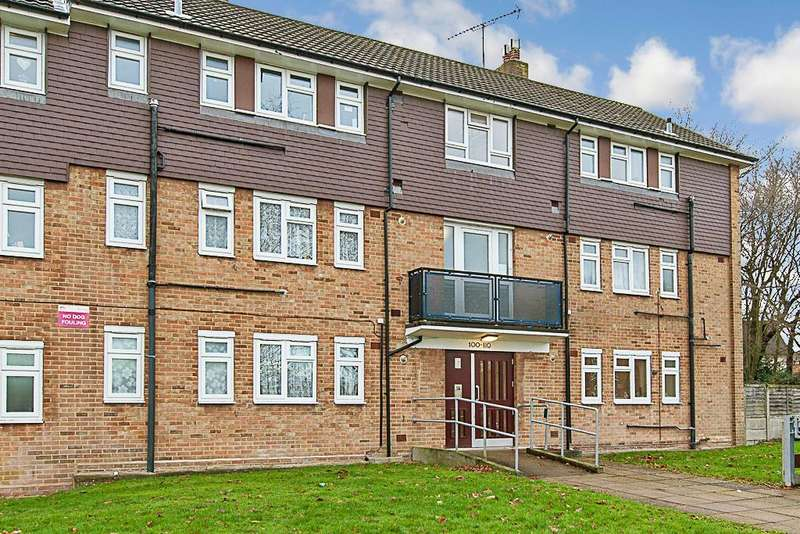 1 Bedroom Apartment Flat for sale in St. Stephens Crescent, Brentwood