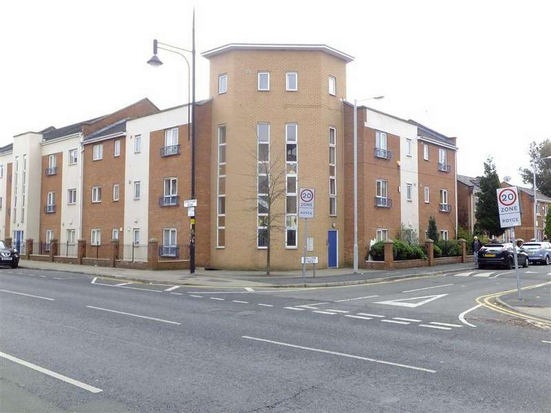 4 Bedrooms Flat for sale in 21 Mallow Street, Hulme, Manchester