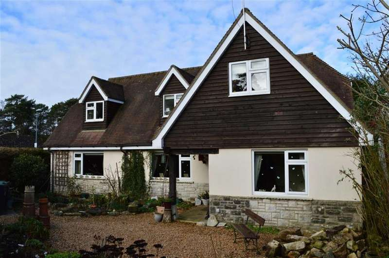 4 Bedrooms Chalet House for sale in Cannon Hill Road, Wimborne, Dorset