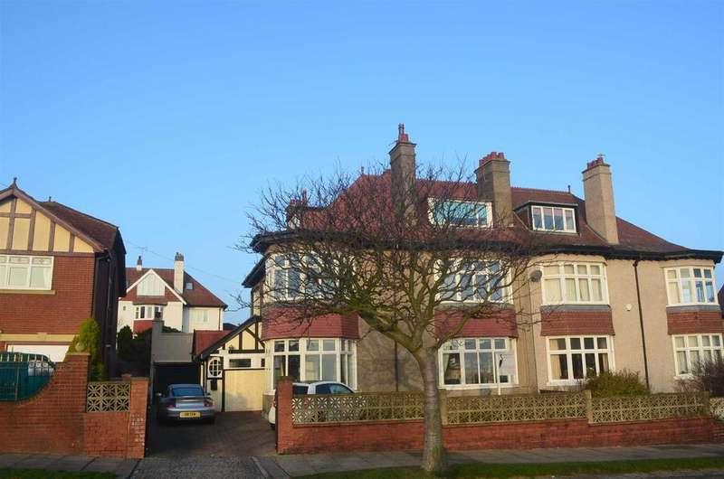 5 Bedrooms Semi Detached House for sale in Sea Lane, Seaburn, Sunderland