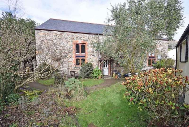 5 Bedrooms Detached House for sale in Tregrehan Mills, Nr. St Austell, Cornwall, PL25