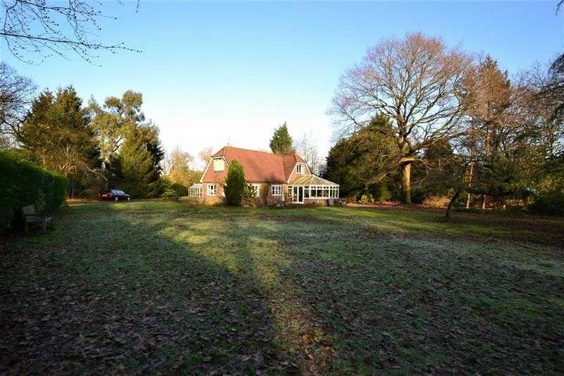 4 Bedrooms Detached House for sale in Berrys Green Road, Westerham, Kent