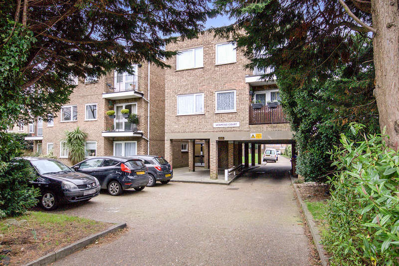 2 Bedrooms Flat for sale in Picardy Road, Belvedere, DA17