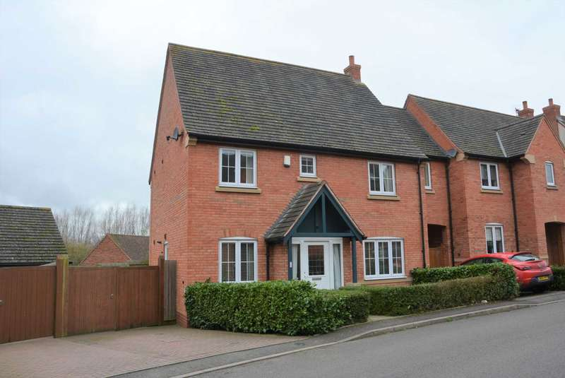 4 Bedrooms Link Detached House for sale in Grindal Place, Cawston