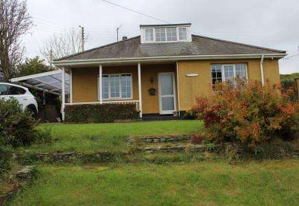 2 Bedrooms Bungalow for sale in Lynton, The Crescent, Baldrine, Isle of Man, IM4