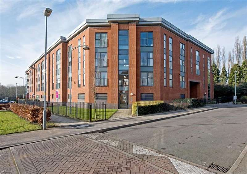 1 Bedroom Apartment Flat for sale in 91, Rothesay Gardens, Parkfields, Wolverhampton, West Midlands, WV4