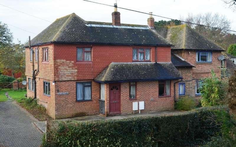 5 Bedrooms Detached House for sale in Ellerslie Lane, Bexhill-On-Sea