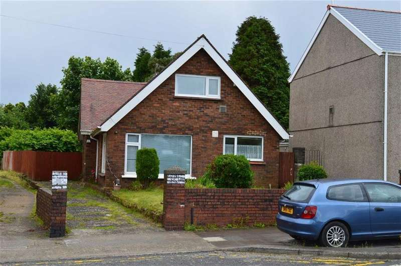 3 Bedrooms Detached Bungalow for sale in Carmarthen Road, Swansea, SA5