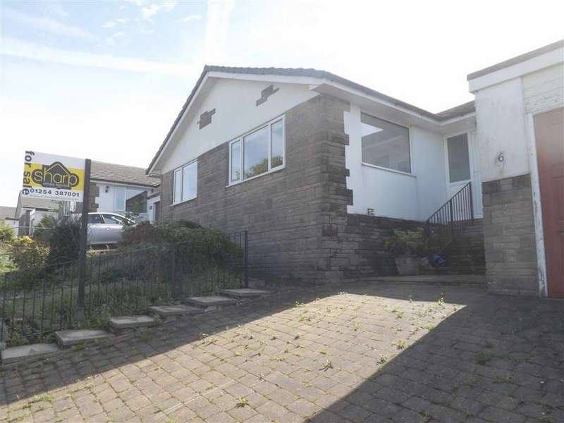 3 Bedrooms Detached Bungalow for sale in Wooley Lane, Baxenden