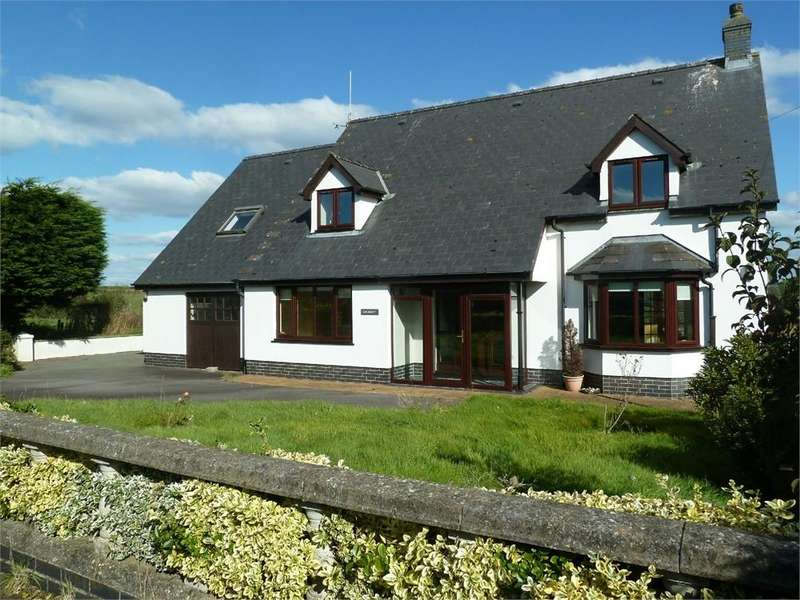 3 Bedrooms Detached Bungalow for sale in Gwernant, Tanygroes, Cardigan, Cardigan, Ceredigion