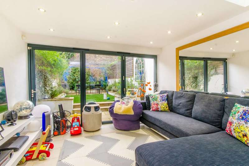 3 Bedrooms House for sale in Frome Street, Islington, N1