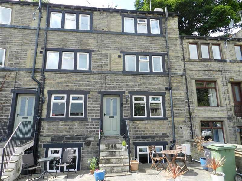 2 Bedrooms Cottage House for sale in Scotgate Road, Honley, Holmfirth, HD9
