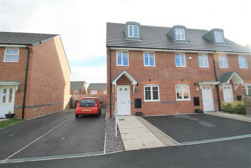 3 Bedrooms Town House for sale in Lamberton Drive, Brymbo, Wrexham