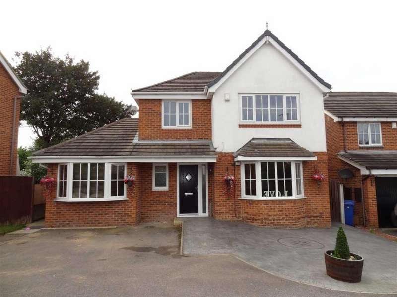 4 Bedrooms Detached House for sale in Parkland View, Lundwood, Barnsley, S71