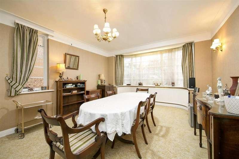 4 Bedrooms Semi Detached House for sale in Ellesmere Road, London