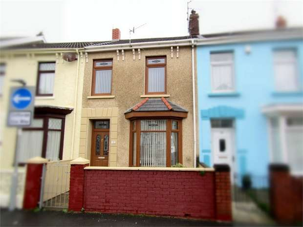 3 Bedrooms Terraced House for sale in Lakefield Road, Llanelli, Carmarthenshire