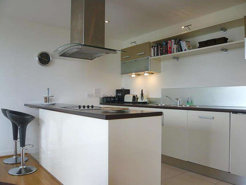 2 Bedrooms Penthouse Flat for rent in Glass Pavilion, Brighton