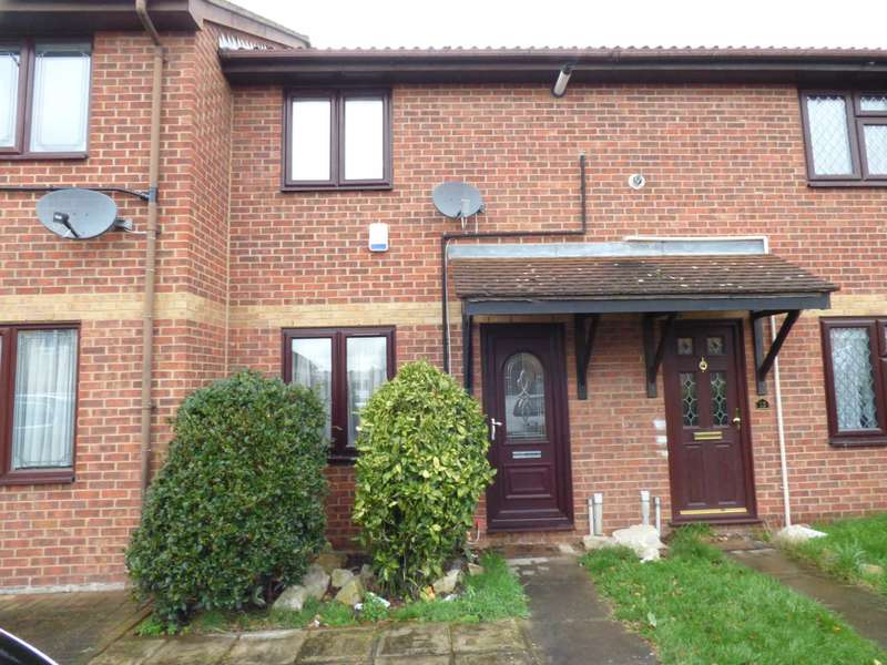 2 Bedrooms Terraced House for rent in Hazelwood Park