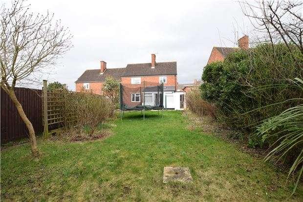3 Bedrooms Semi Detached House for sale in Ewens Road, Charlton Kings, CHELTENHAM, Gloucestershire, GL52 6JP