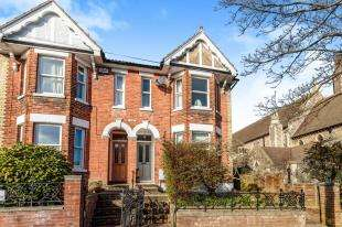3 Bedrooms Semi Detached House for sale in St. Lukes Road, Tunbridge Wells, Kent, .