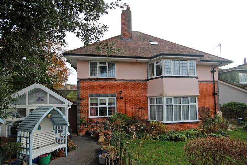 2 Bedrooms Apartment Flat for sale in Chessel Avenue, Boscombe Manor, Bournemouth