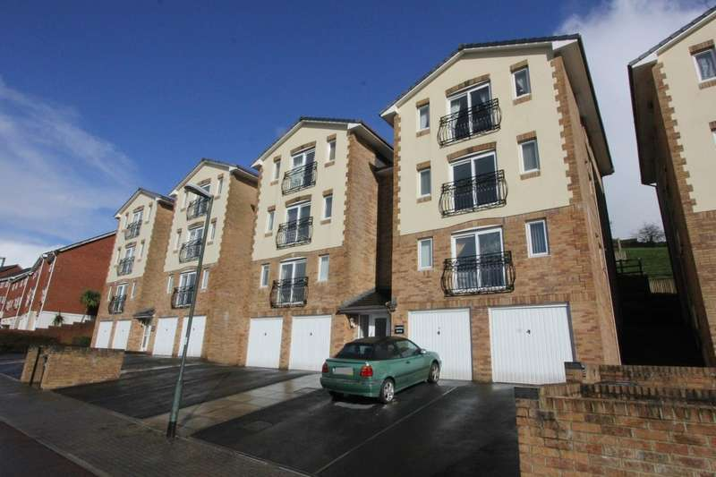 2 Bedrooms Flat for sale in Compton House, Trelissick Road, Trelissick Road