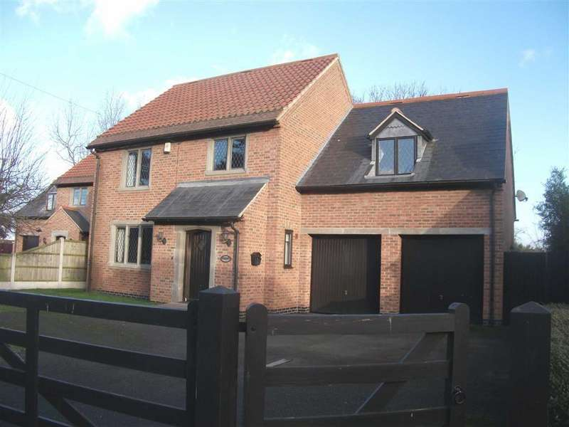4 Bedrooms Detached House for sale in Main Street, South Muskham, Nottinghamshire, NG23