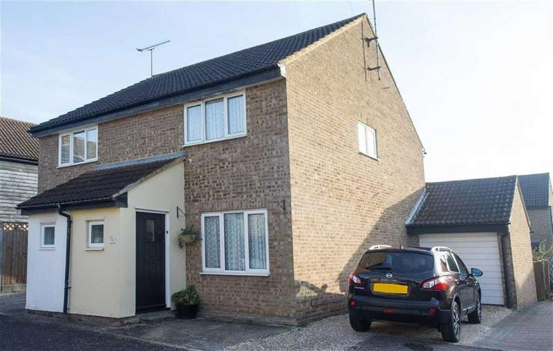 2 Bedrooms Semi Detached House for sale in Glendale, South Woodham Ferrers, Essex
