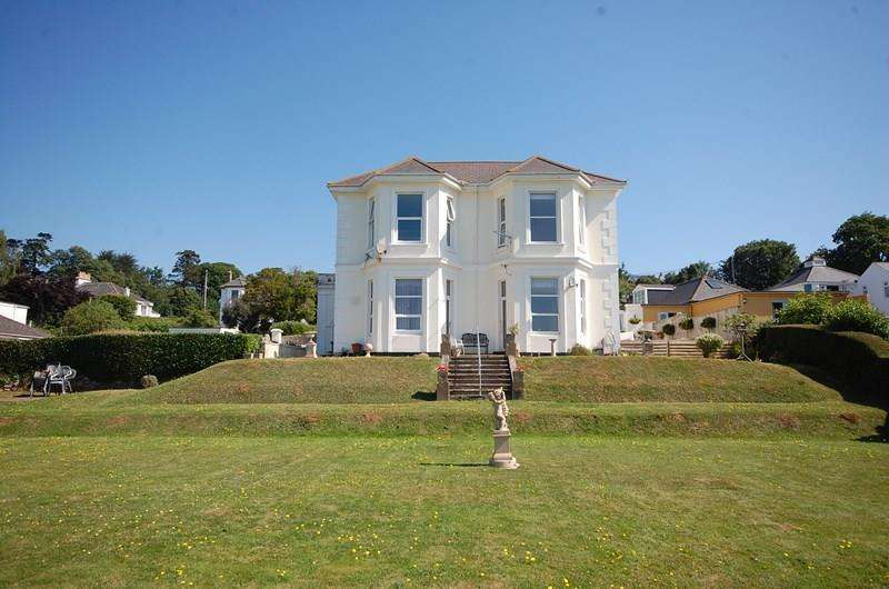 1 Bedroom Flat for sale in Second Drive, Teignmouth
