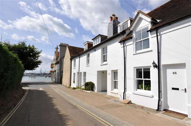 2 Bedrooms Terraced House for sale in Warsash