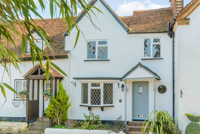 2 Bedrooms Terraced House for sale in Vernon cottage, Letchmore Heath, Hertfordshire, WD25 8 EF
