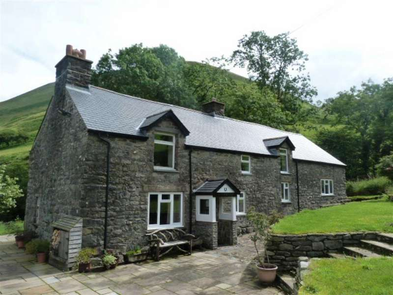4 Bedrooms Detached House for sale in Mallwyd, Machynlleth
