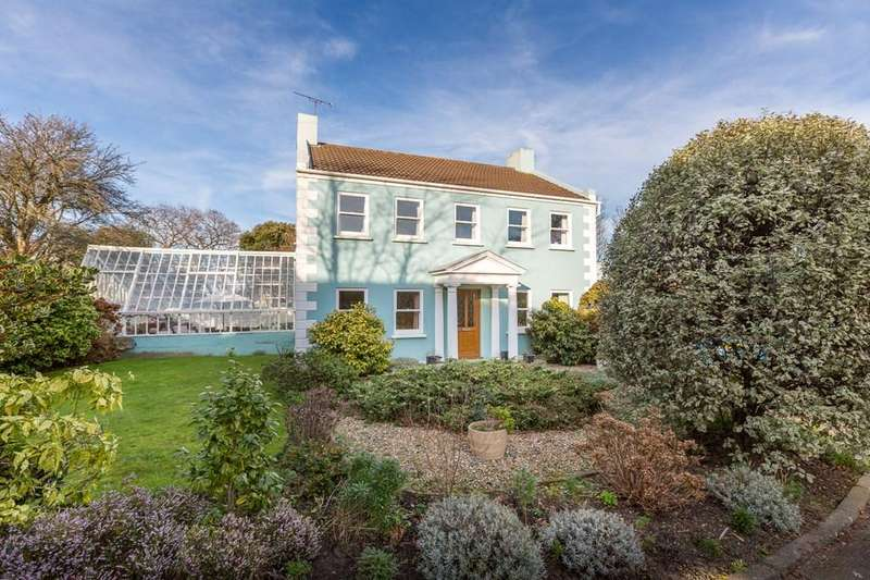 4 Bedrooms Detached House for sale in Fosse Andre, St. Peter Port, Guernsey