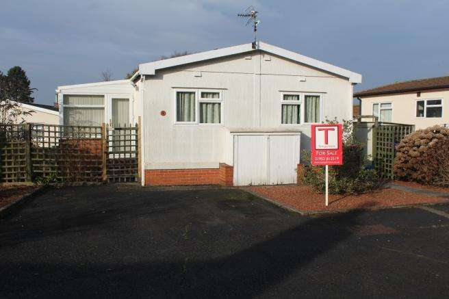 2 Bedrooms Park Home Mobile Home for sale in 9 Merevale Way, Muxton, TELFORD, TF2 8NW