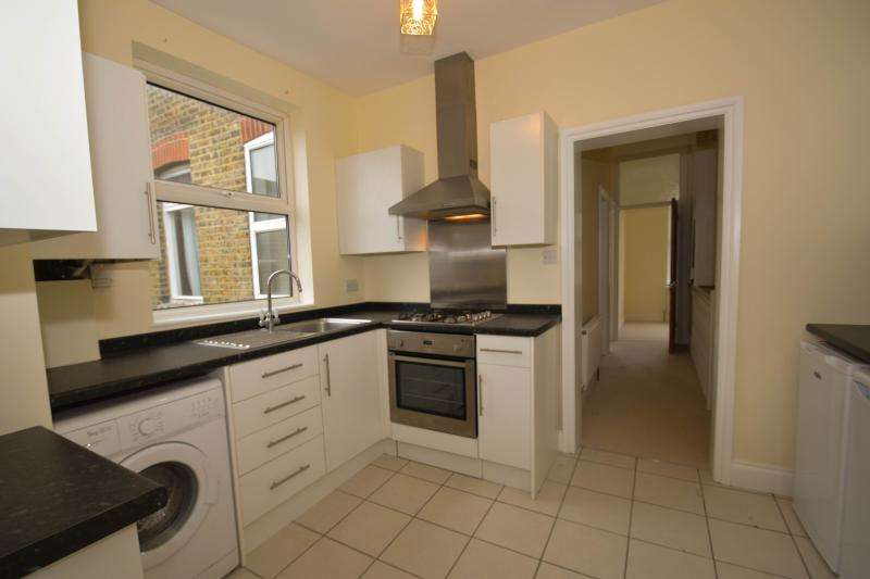 2 Bedrooms Flat for sale in Abbey Road, South Wimbledon, London, SW19