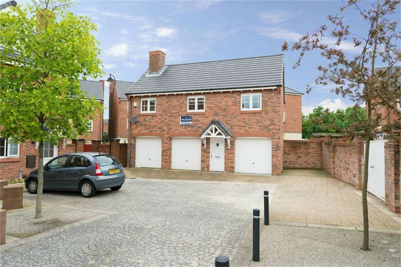 2 Bedrooms Ground Maisonette Flat for sale in Chiltern Mews, Birkacre Park, Chorley, Lancashire