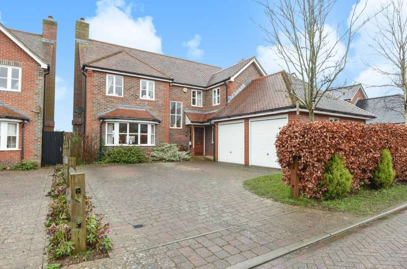 4 Bedrooms Detached House for sale in Duxford Close, Tangmere, PO20