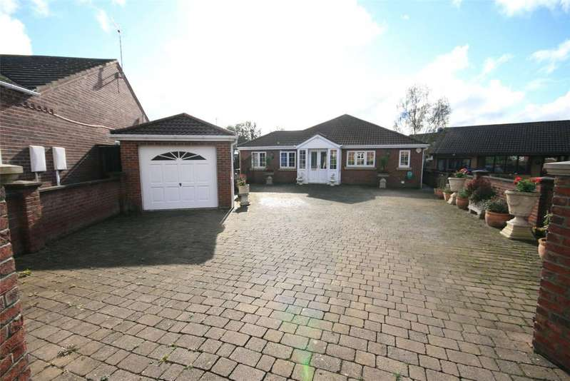 4 Bedrooms Detached Bungalow for sale in Resolute Close, Spilsby, PE23