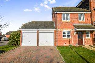 3 Bedrooms End Of Terrace House for sale in Surtees Close, Ashford, Kent, United Kingdom