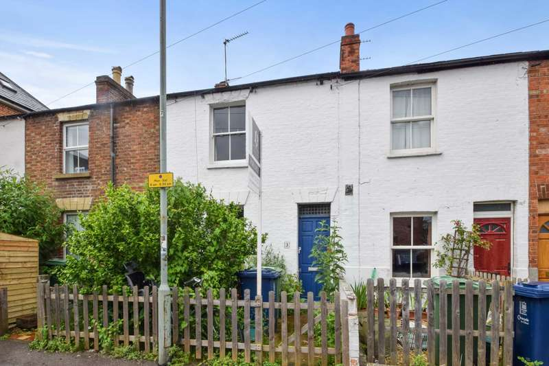 2 Bedrooms Terraced House for sale in Union Street, St Clements