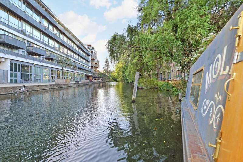 1 Bedroom House Boat Character Property for sale in Wharf Road, Islington, London