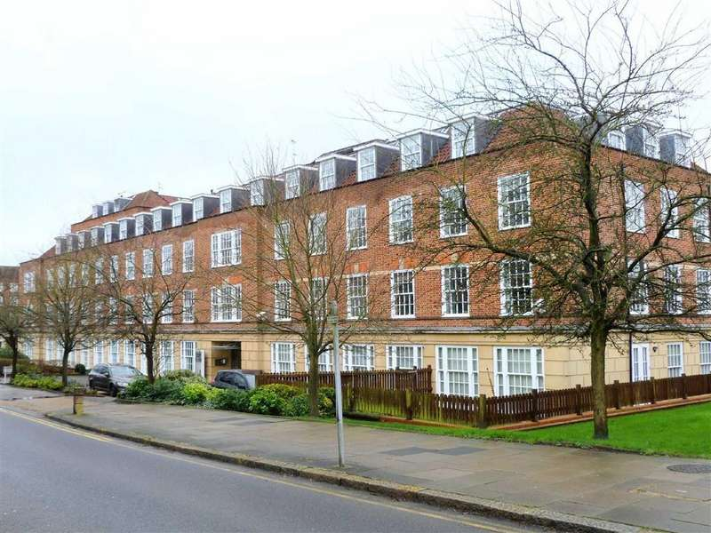 2 Bedrooms Apartment Flat for sale in Rosanne House, Bridge Road, West Side, Welwyn Garden City