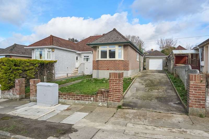 3 Bedrooms Semi Detached Bungalow for sale in Vicarage Gardens, Plymouth, PL5