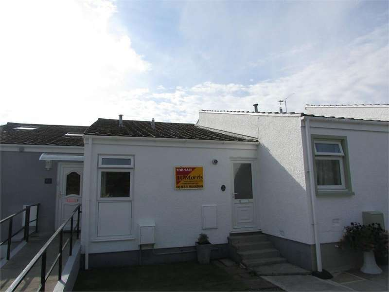 2 Bedrooms Detached House for sale in Llanteg Park, Llanteg, NARBERTH, Pembrokeshire