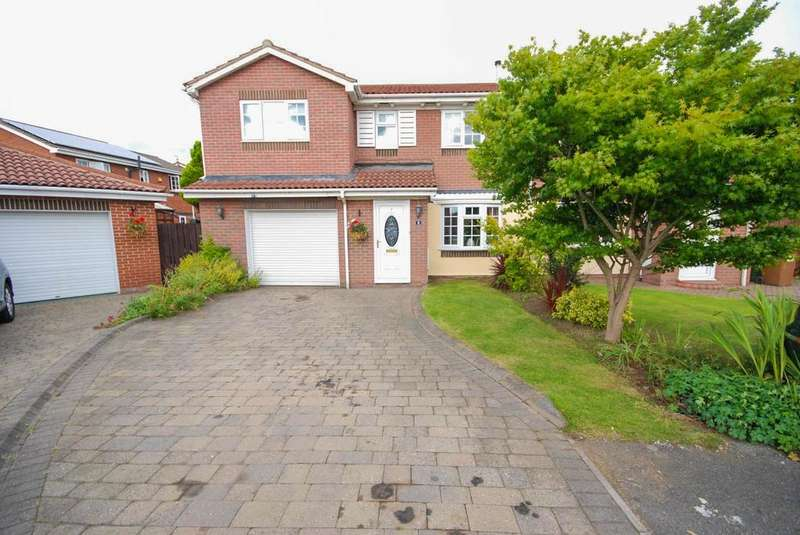 4 Bedrooms Semi Detached House for sale in Shannon Close, Fulford Grange