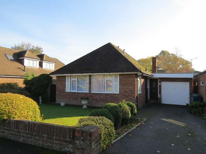 2 Bedrooms Detached Bungalow for sale in Harwood Road, Marlow